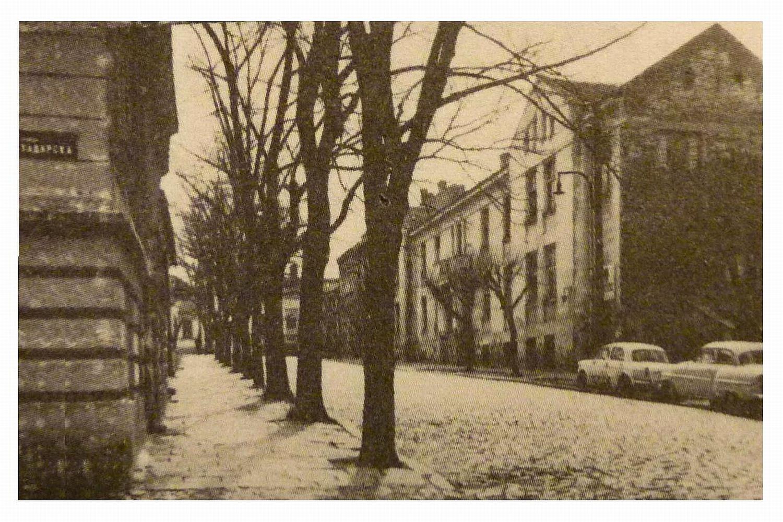 """Косанчићев венац, зграда у којој су Продајна галерија и """"Кућа сликара"""""""