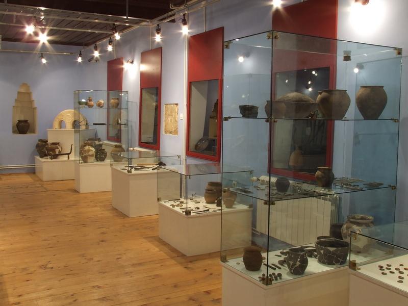 Deo postavke arheološkog odeljenja Muzej Ras u Novom Pazaru,