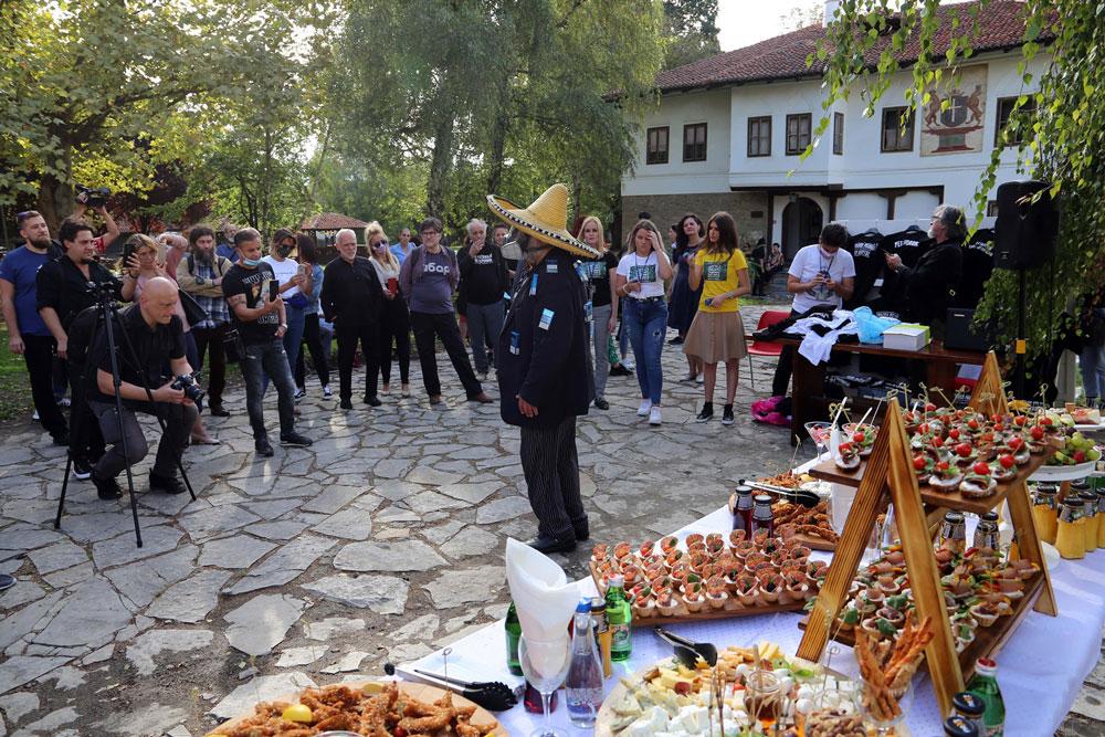 Dogadjaj ispred Narodnog muzeja Čačak