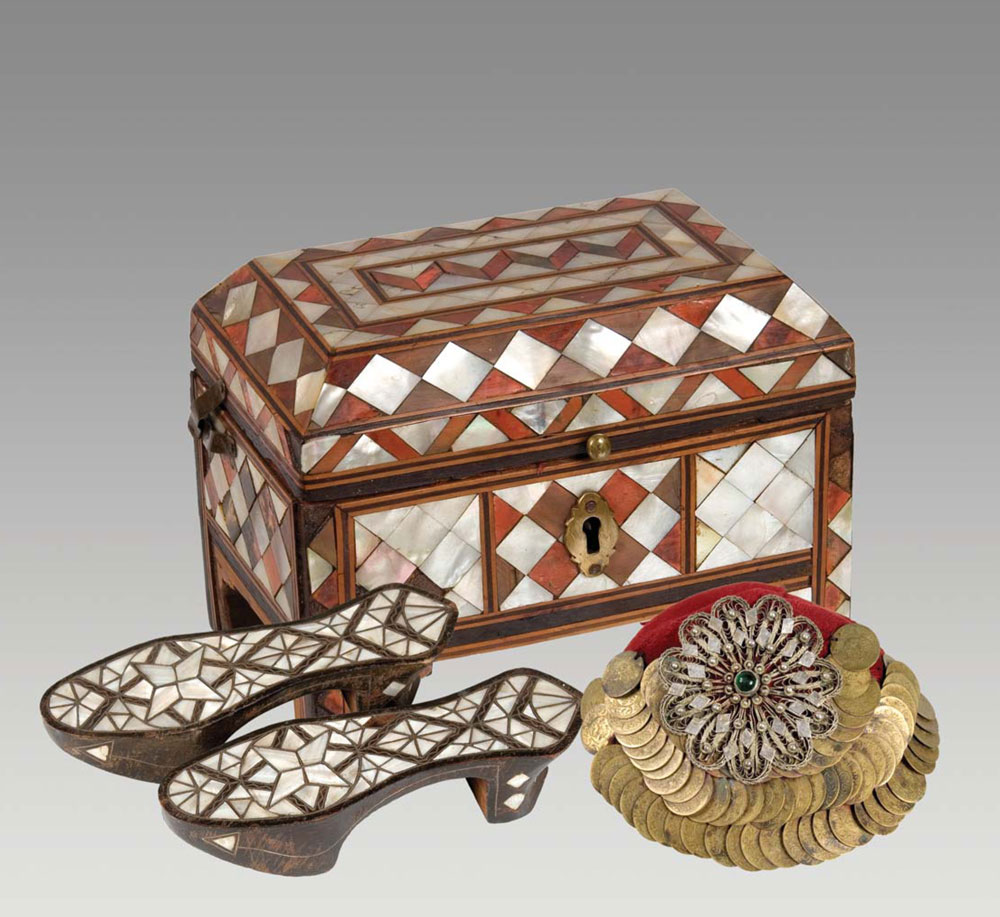 Dževahir kutija za nakit, nanule i tepeluk, 19. vek, Muzej Ras u Novom Pazaru