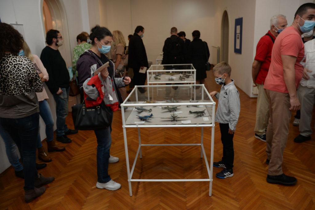 """Izložba """"Ratno vazduhoplovstvo u Drugom svetskom ratu kroz makete""""u muzeju u Gornjem Milanovcu"""