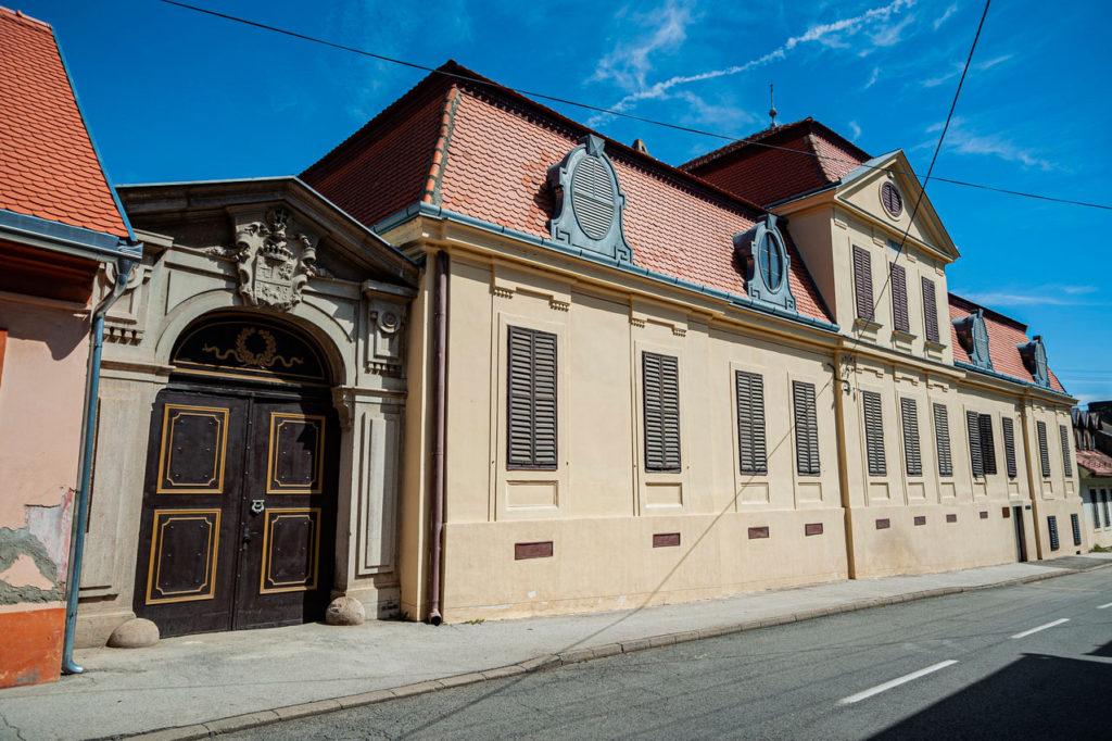Zavičajna zbirka u Sremskim Karlovcima