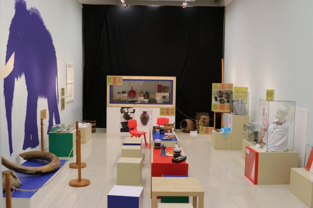 Izložba Arheološka upoznavalicu u Gradskom muzeju Subotica namenjena deci predškolskog i mlađeg školskog uzrasta