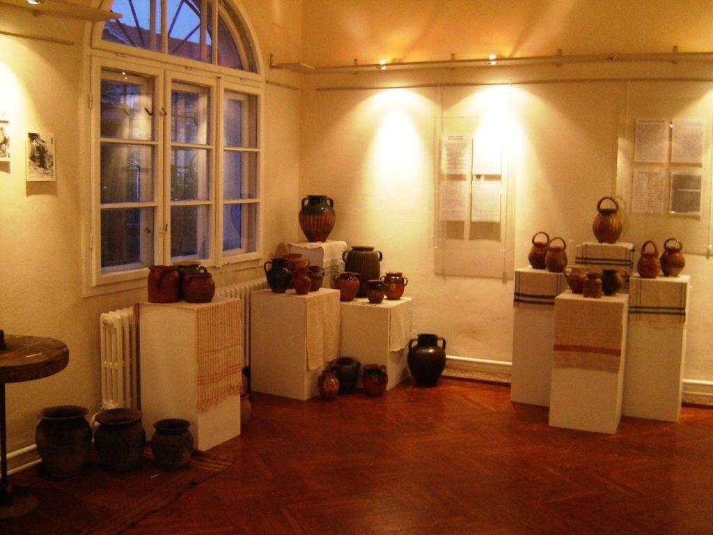 Manifestacija Muzeji za 10, Muzejska zbirka Narodnog univerziteta Trstenik, izložba