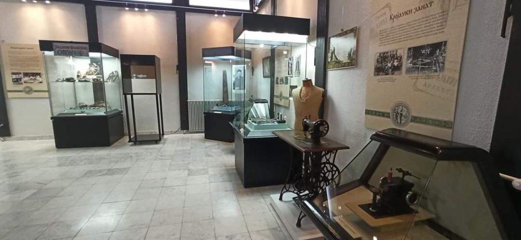 """Izložbena postavka Kada je zanat bio zlatan, Narodni muzej Aranđelovac, Manifestacija """"Muzeji za 10"""" 2021. godine"""