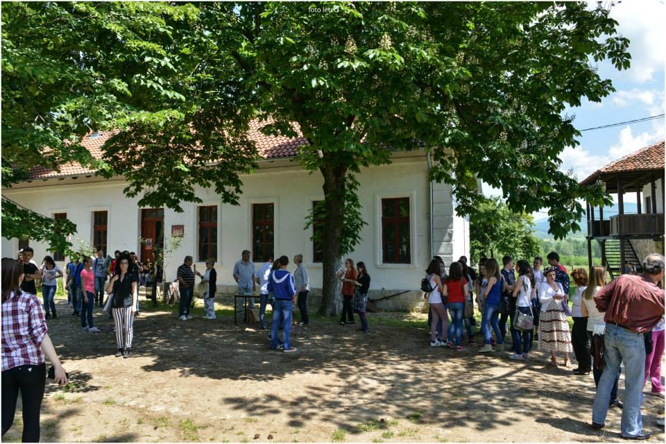 """Škola, Arheo-etno park u Ravni,  Zavičajni muzej Knjaževac, Manifestacija """"Muzeji za 10"""" 2021. godine"""